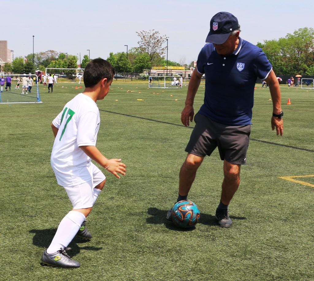 Coach Cesar Salazar